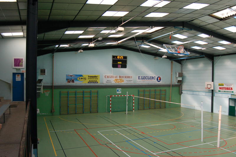 travaux de toiture gymnase robert paul